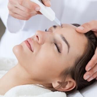 Horizontal view of cavitation peeling in spa